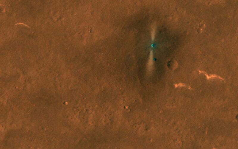 Câmera da Nasa registra imagens do rover chinês Zhurong em Marte