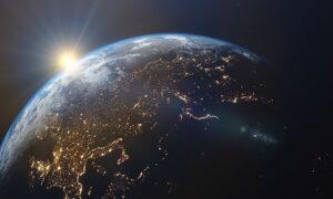 Primeiro satélite do mundo feito de madeira será lançado leste ano